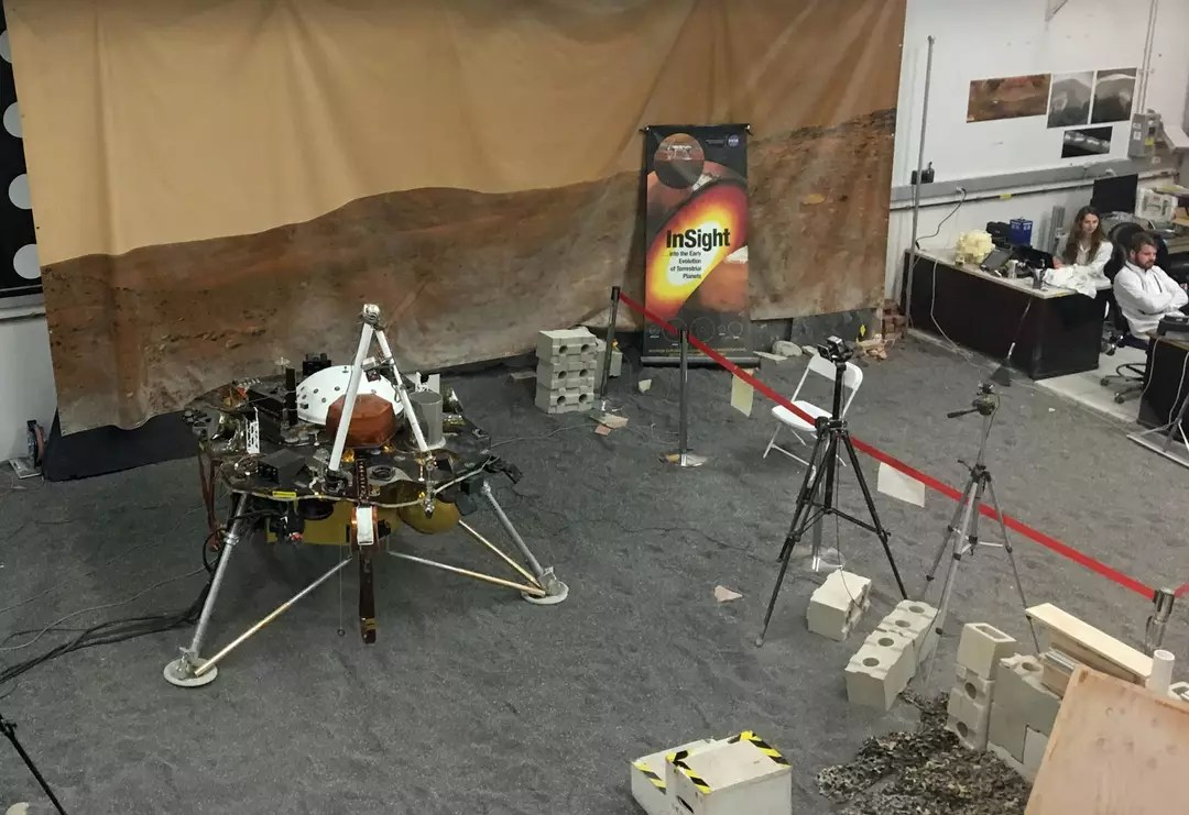 Sonda Insight em centro da Nasa