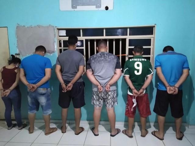 Seis pessoas foram presas suspeitas de aplicar golpes em moradores de Rondonópolis (MT) — Foto: Polícia Militar