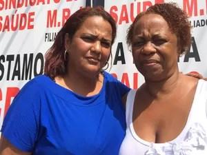 Patrícia (de azul) e Edna (de branco) lamentam a situação a qual o Hospital Mário Kröeff chegou (Foto: Cristina Boeckel/ G1)