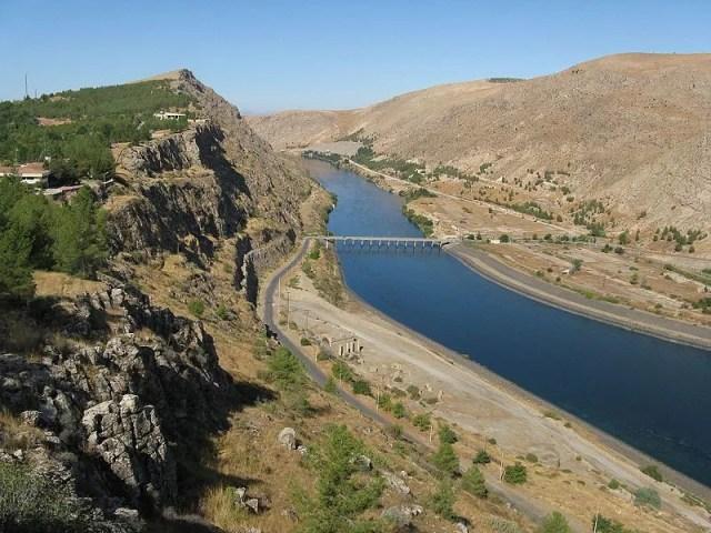 Rio Eufrates, na Ásia Ocidental (Foto: Alen Ištoković/Wikimedia Commons)