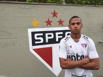 Bruno Alves começou bem a temporada (Foto: Marcelo Hazan )
