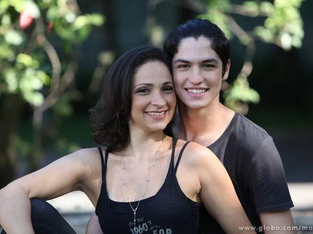Sabrina Corgut e o namorado, o ator Gabriel Leone (Foto: Carol Caminha/TV Globo)