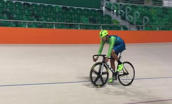 Gideoni treinando no Rio de Janeiro