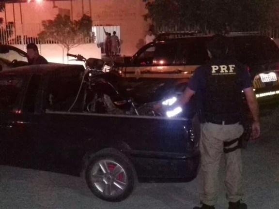 Duas motos foram encontradas em Parnamirim, PE (Foto: Divulgação/PRF)