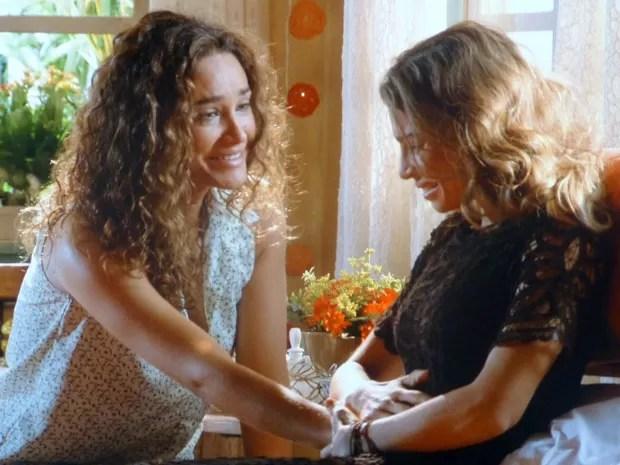 Ester revela a Taís que está grávida de Cassiano (Foto: Flor do Caribe / TV Globo)