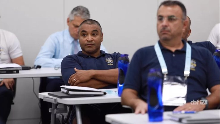 Roger Machado, cotado no Santos, faz curso de treinadores da CBF, no Rio de Janeiro — Foto: Reprodução/CBF TV