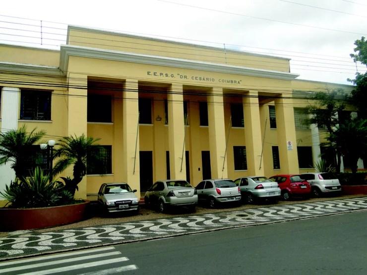 Escola Estadual Dr. Cesário Coimbra  (Foto: Cesar Foguel/Jornal Opinião Araras)