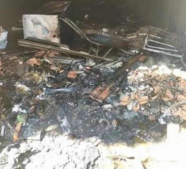 Moradores acionaram os bombeiros na tarde desta quinta-feira (25). Segundo o major Cláudio Falcão, a suspeita é de que o incêndio tenha sido criminoso. — Foto: Reprodução/Corpo de Bombeiros
