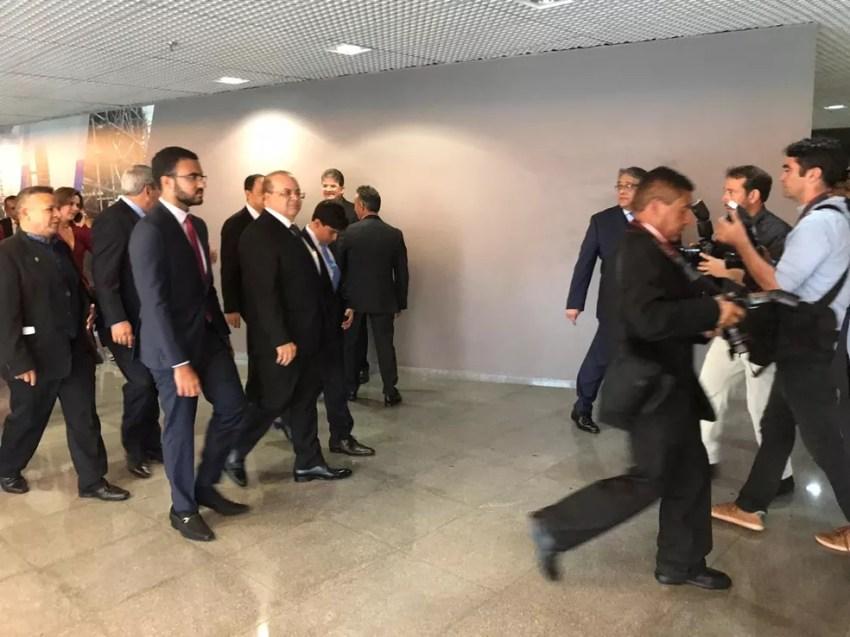 Ibaneis chega à Câmara Legislativa para posse — Foto: Pedro Borges/TV Globo