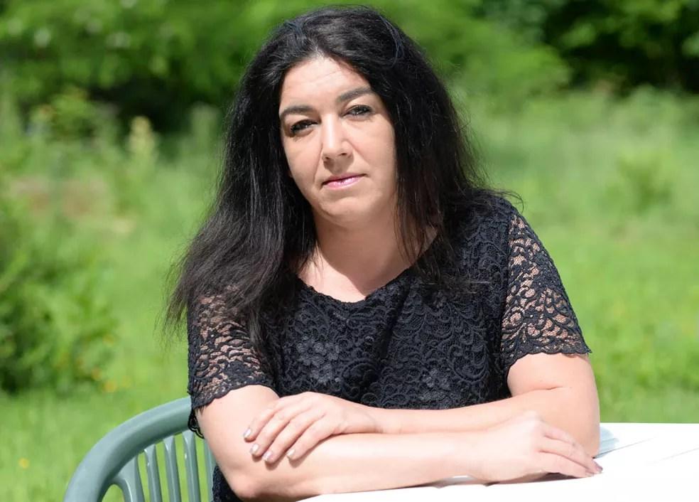 Vida de Béatrice mudou radicalmente depois que conheceu o campo de Calais (Foto: Steve Finn )