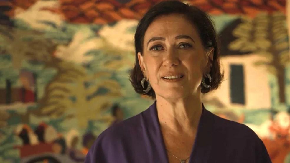 Valentina (Lilia Cabral) fica desconcertada com jeito sedutor de Murilo (Eduardo Moscovis), em 'O Sétimo Guardião' — Foto: TV Globo
