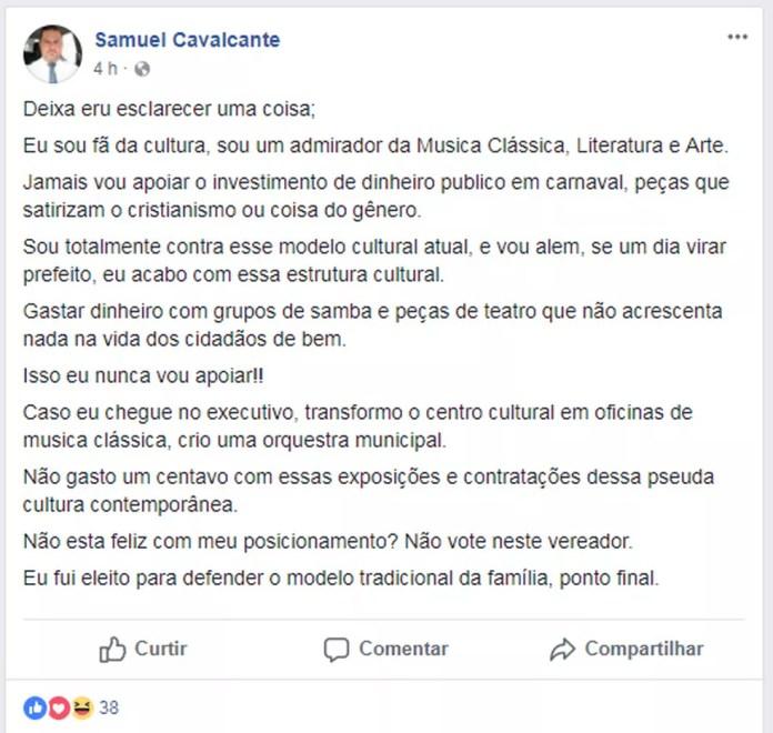 """Vereador de Mogi Mirim (SP), Samuel Cavalcante pediu ao prefeito o cancelamento da peça """"Pequenas Igrejas Grandes Negócios"""" (Foto: Reprodução/Facebook)"""