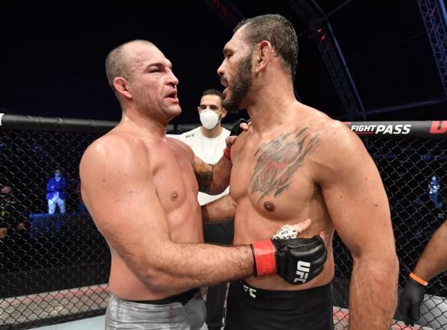A última vez de Minotouro no MMA foi contra Maurício Shogun, com quem lutou três vezes na carreira — Foto: Getty Images