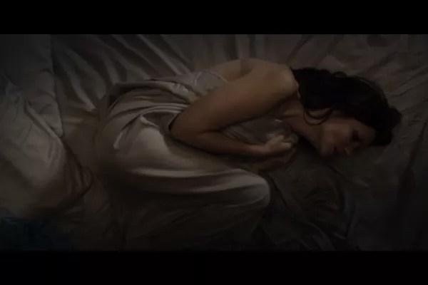 captura de tela 2019 01 21 as 09.37.12 - Atriz vítima de tráfico de mulheres conta sua história em filme reencenando agressões e estupros -  VEJA O VÍDEO