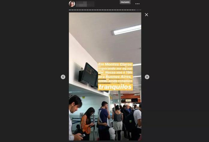 Passageiros no aeroporto de Montes Claro, em Minas Gerais — Foto: Reprodução/Instagram