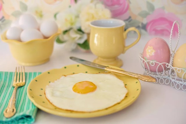 Pesquisa sugere que pular o café da manhã pode ser uma boa maneira de reduzir a ingestão calórica total diária — Foto: Pixabay
