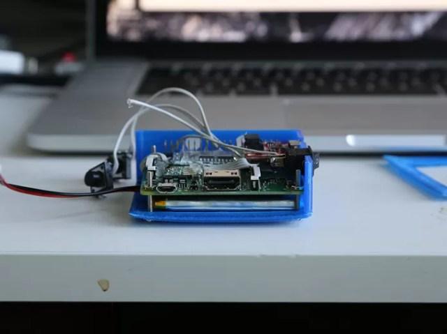 É possível criar o modelo com uma impressora 3D e um Raspberry Pi (Foto: Divulgação/Connor Yamada)