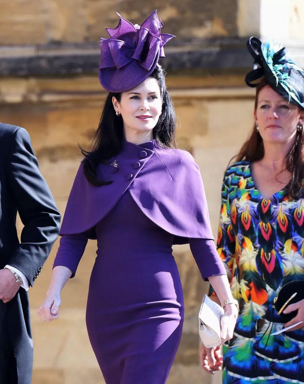 O conde Charles Spencer, irmão da princesa Diana, e sua mulher Karen Spencer chegam para o casamento do príncipe Harry (Foto: Chris Jackson/Pool via REUTERS)