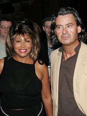 A cantora Tina Turner e o produtor Erwin Bach em foto de 2005 (Foto: AP/Keystone/Patrick Straub)