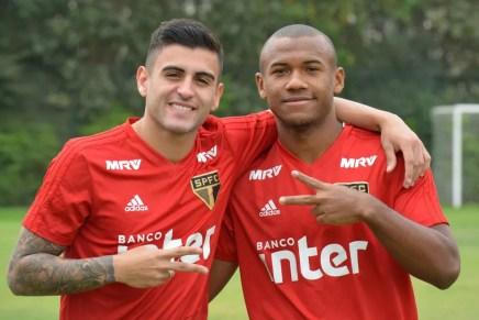 Liziero e Luan, parceiros desde as categorias de base do São Paulo — Foto: Érico Leonan/saopaulofc.net