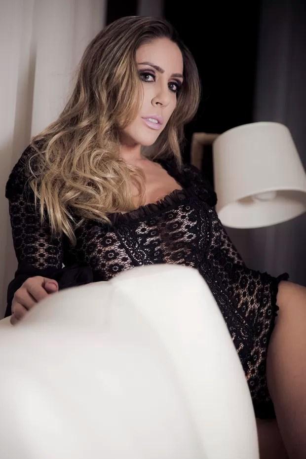 Jô Damiani, modelo conhecida como sósia da atriz Sarah Jessica Parker (Foto: Guilherme Bertoncini/Divulgação)