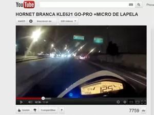 Velocímetro marca 125 km/h em avenida da Zona Sul de São Paulo (Foto: Reprodução/YouTube)