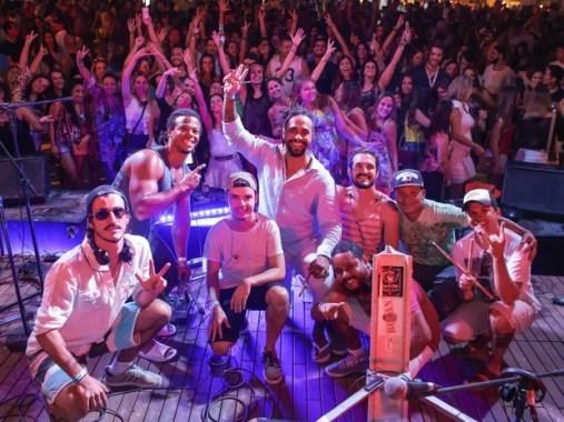 Banda Som na Praia se apresentará na Santa Feijuca no sábado (23), no DF (Foto: Paulo Cavera/Divulgação)