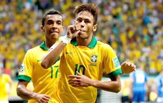 Neymar gol Brasil Itália em Salvador (Foto: Wander Roberto / Vipcomm)