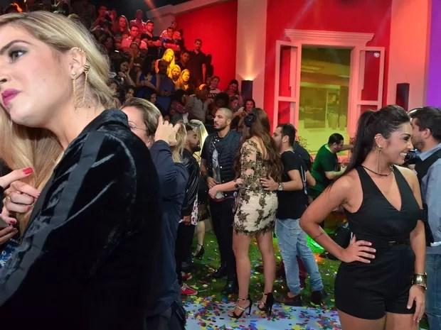 Aline e Amanda na final do Big Brother Brasil 15 (Foto: Roberto Teixeira/ EGO)