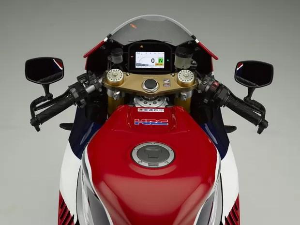hondarcv_1 - Honda lança modelo derivado da MotoGP por US$ 184.000