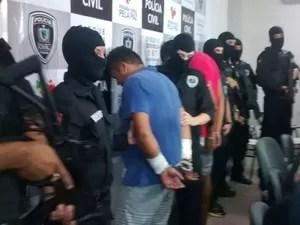 Suspeitos do crime foram apresentados (Foto: Katiana Ramos/Jornal da Paraíba)