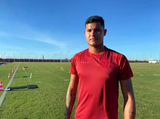 Eduardo Moura, zagueiro do CRB — Foto: Nathália Lopes/ASCOM CRB