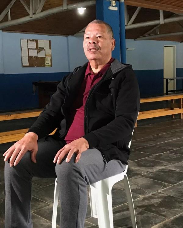 Maguila em entrevista ao GloboEsporte.com na clínica de recuperação onde vive, em Itu