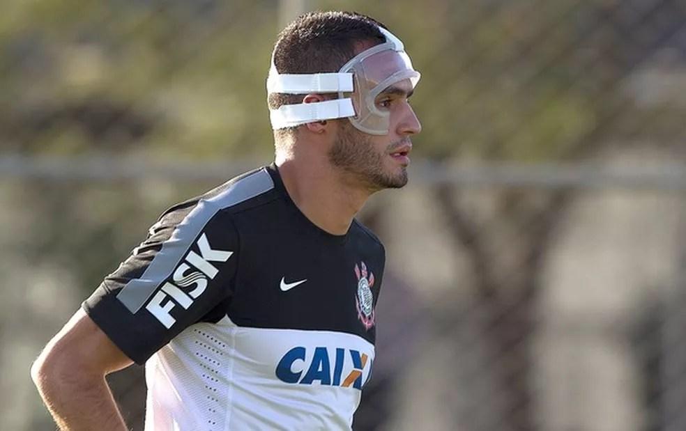 Renato Augusto Corinthians máscara proteção — Foto: Daniel Augusto Jr. / Ag. Corinthians