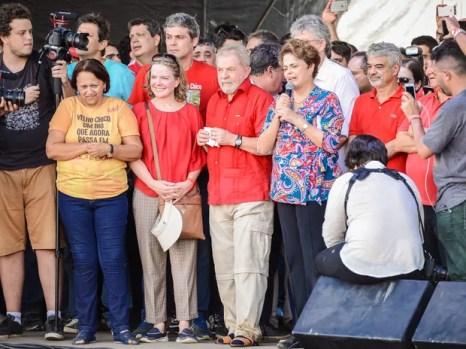 Lula e Dilma fizeram inauguração do eixo leste da transposição das águas do Rio São Francisco, na Paraíba (Foto: Wagner Ferreira/Futura Pressa/Estadão Conteúdo )
