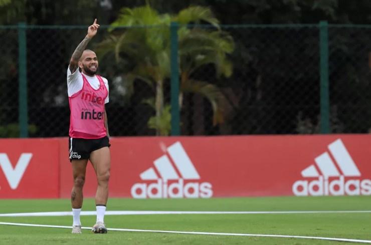Daniel Alves em treino do São Paulo — Foto: Divulgação São Paulo
