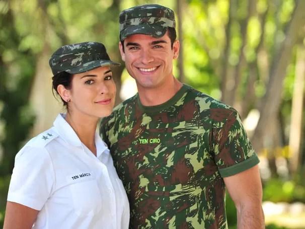 Fernanda Paes Leme e Sidney Sampaio terão um caso em Salve Jorge (Foto: Divulgação/TV Globo)
