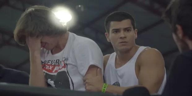 Pedro e Duca ficam assustados (Foto: Malhação / TV Globo)