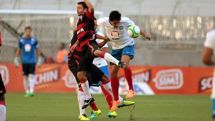 Juan e Fahel Bahia x Vitória (Foto: Edson Ruiz / Ag. Estado)