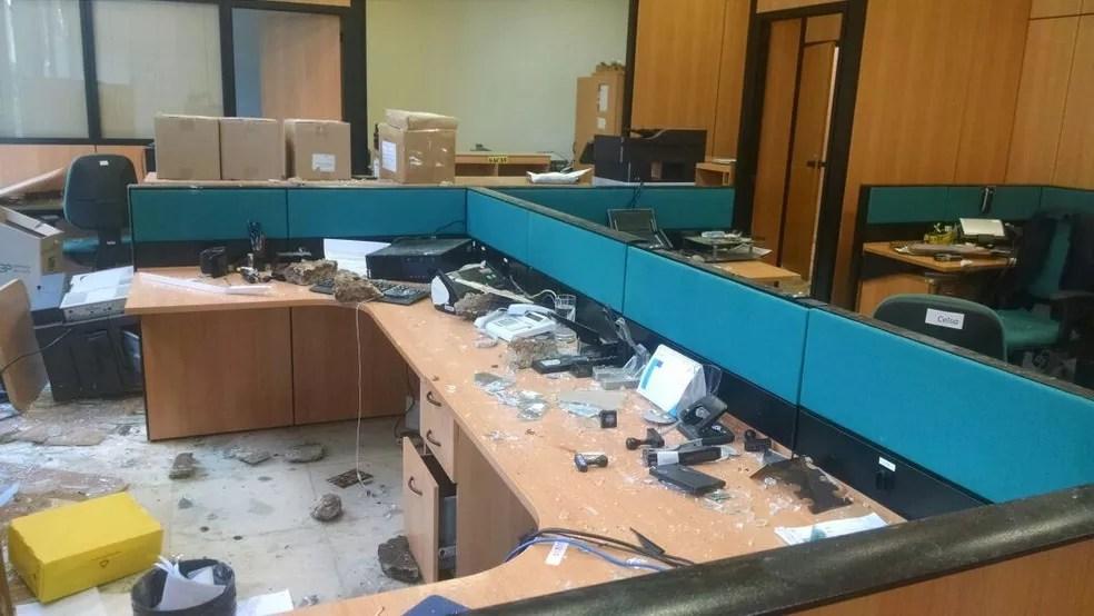 Ministério da Agricultura foi alvo de depredação (Foto: Letícia Carvalho/G1)