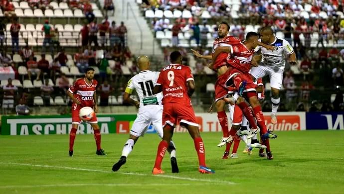CRB x Ceará, Rafael Costa gol (Foto: Ailton Cruz/Gazeta de Alagoas)