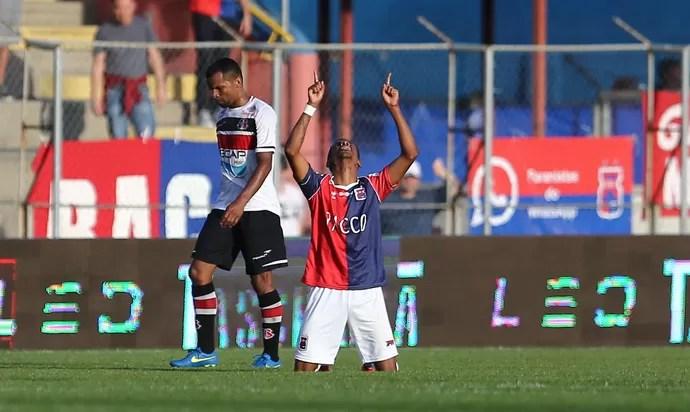 Paraná x Santa Cruz Série B (Foto: Geraldo Bubniak / AGB / Estadão Conteúdo)