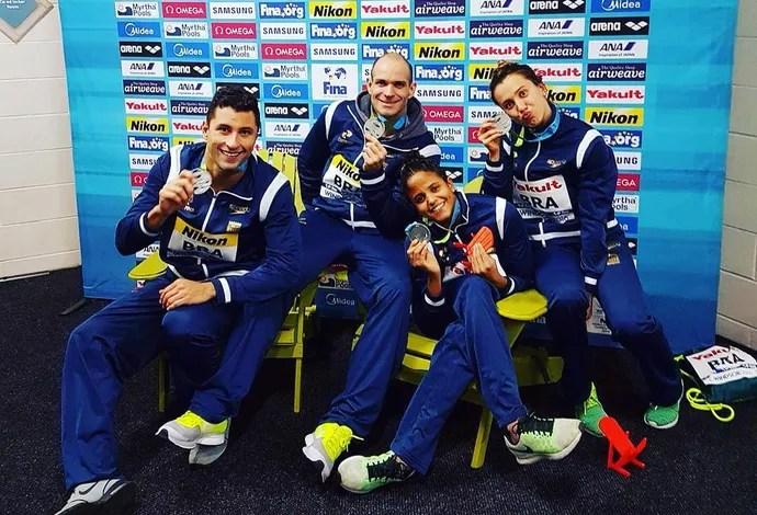 Brasil leva prata no revezamento 4x50m medley misto (Foto: Reprodução/Instagram)