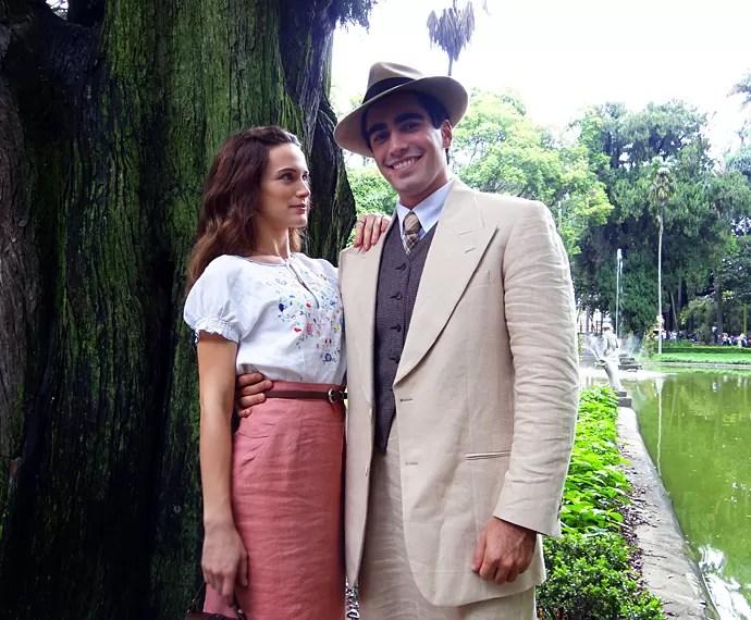 Bianca Bin admite que ficou tensa ao gravar cena romântica com o marido, Pedro Brandão (Foto: Walter Dhein/Gshow)