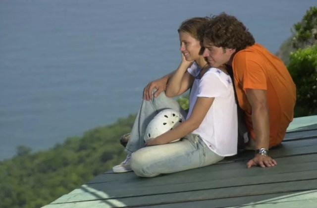 Carolina Dieckmann e Erik Marmo em cena de 'Mulheres Apaixonadas' — Foto: João Miguel Júnior/Globo