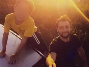 Lucas com o irmão (Foto: Arquivo pessoal)
