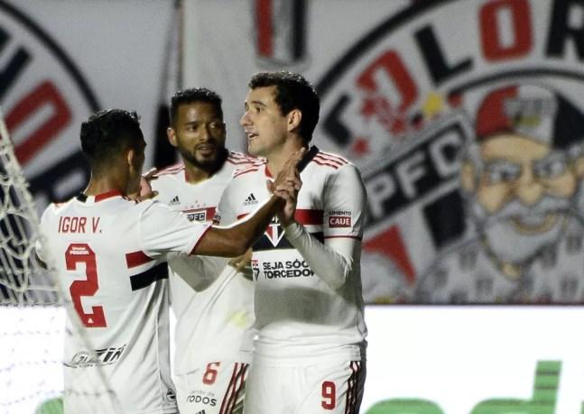 São Paulo busca a primeira vitória no Brasileirão — Foto: Marcos Ribolli