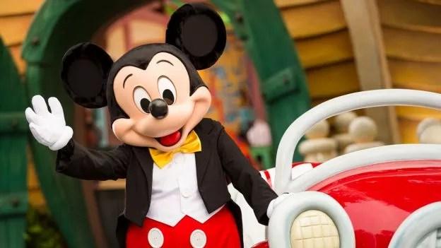 Mickey Mouse em parque da Disney (Foto: Reprodução/Disney)