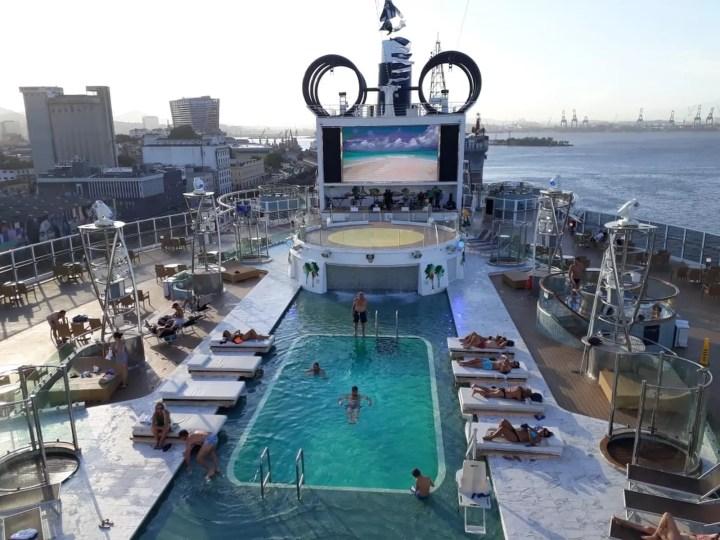 Navio MSC Seaview, lançado este ano na Itália, iniciou sua temporada no Brasil — Foto: Alexandre Lopes/G1