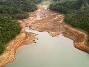 Nível de água de reservatório do Sistema Cantareira atinge índice mais baixo da história (Foto: Reprodução TV Globo)